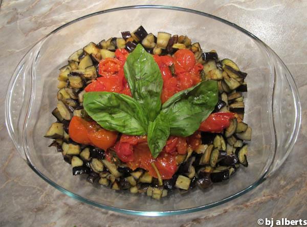 Cooking with Giuseppe - Melanzane a Funghetto