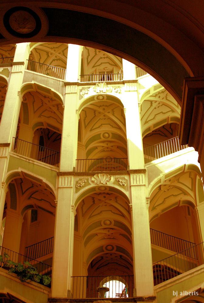 Palazzo dello Spagnolo, Rione Sanita