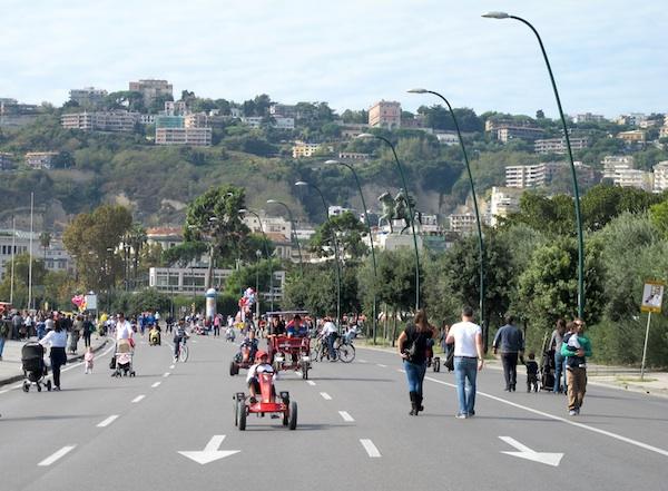 Via Caracciolo on Sunday
