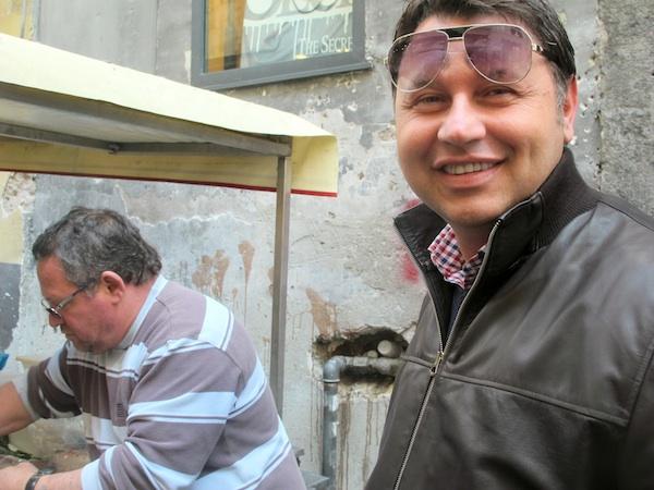 Cooking with Giuseppe - Buying the Spigola for Spigola al Forno