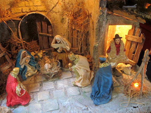 Naples Christmas Alley – Via San Gregorio Armeno