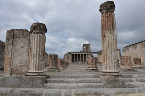 New Archaeological Areas open to the Public at Pompeii and Stabia
