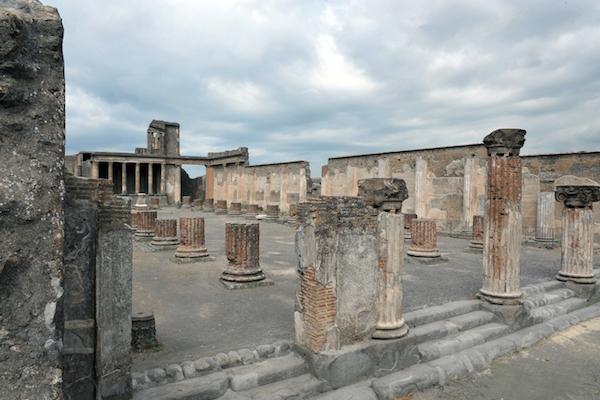 BasilicaPompeii2